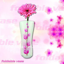 Eco-friendly and reusable clear plastic folded vase