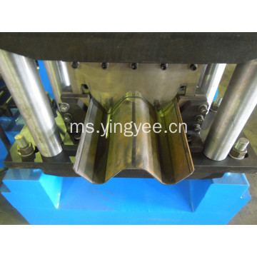 Lebuhraya Shears Steel Sheet Roll Forming Machine