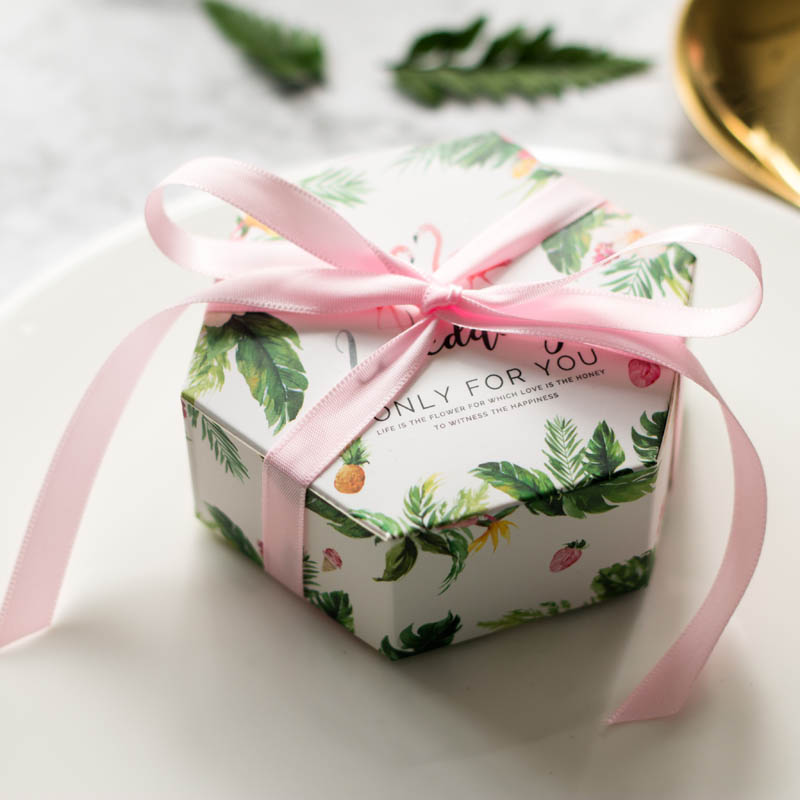 Green candy box wedding favors