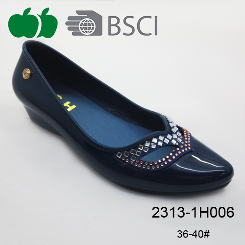 pvc casual shoe