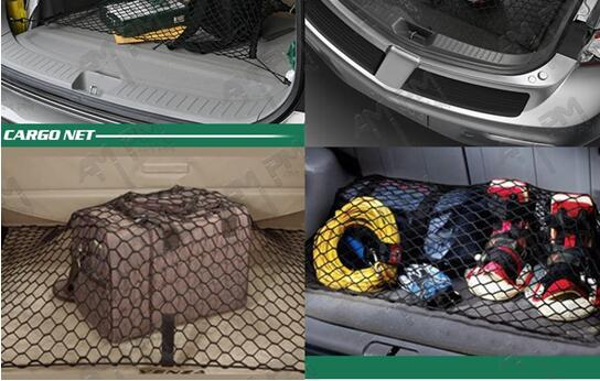 Elastic cargo net with hooks