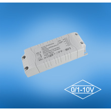 18W 0-10V Dimmalbe a mené le conducteur de Downlights