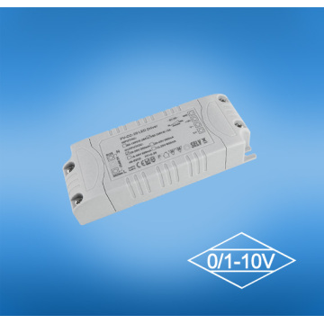 Conducteur mené dimmable de 12v 0-10v