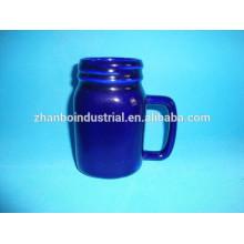Buena calidad La mejor venta de forma especial manejar cerámica / taza de porcelana