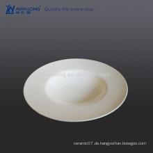 Reine weiße, feine Knochensuppe für Restaurant und Hotel