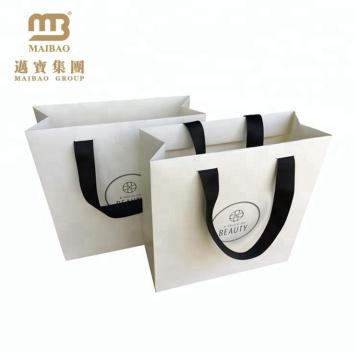 Saco de compra de papel feito-à-medida do impressão do logotipo do projeto do portador branco do punho da fita do baixo custo