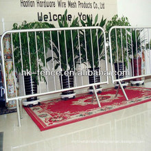 Pedestrian Control Barriers 2.1x1.1m 32mm Frame Pipe Galvanized and Powder Coated With Flat Feet