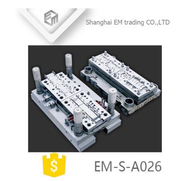 EM-S-A026 Molde de inyección de plástico OEM y ODM