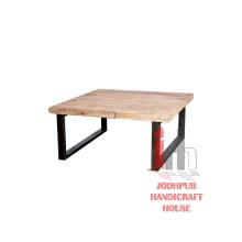 Mesa de café de hierro de madera