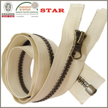 Antique Brass Color Teeth Plastic Zipper (#5)
