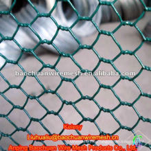 Pabellones de metal revestidos de pvc verde para criar animales