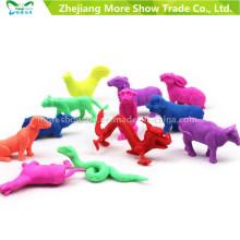 Los animales mágicos al por mayor amplían los juguetes crecientes del agua los juguetes crecientes del estilo del zodiaco chino