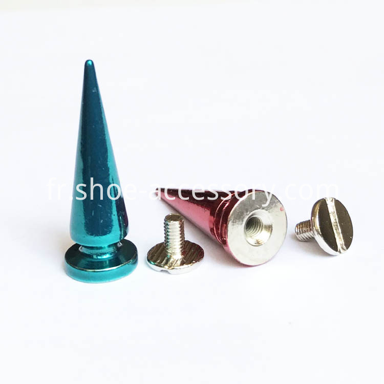 Brass Screwback Tree Spikes Color Finish