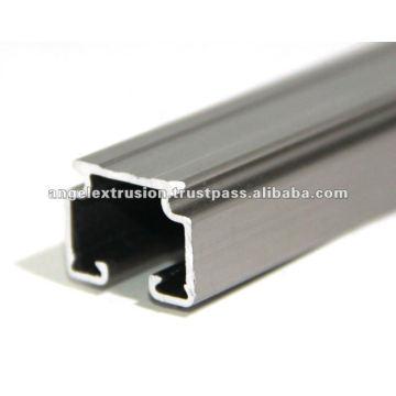 Section en aluminium pour la décoration
