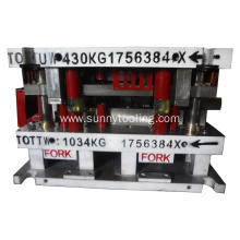 Auto Metal Stamping Tooling Mouldings