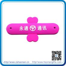 Soporte para teléfono personalizado al por mayor de China con propio diseño para promocional