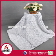 Factory direct sale fake fur blanket/Made in China 100% polyester fake fur fabric