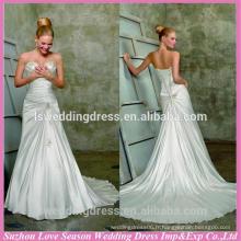 WD1811 Encolure sweetheart bretelles sans manches sur les motifs perlés sur le train de corsage une ligne robe de mariée sans bretelles