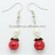 Comercio al por mayor coral rojo con agua dulce perla pendiente