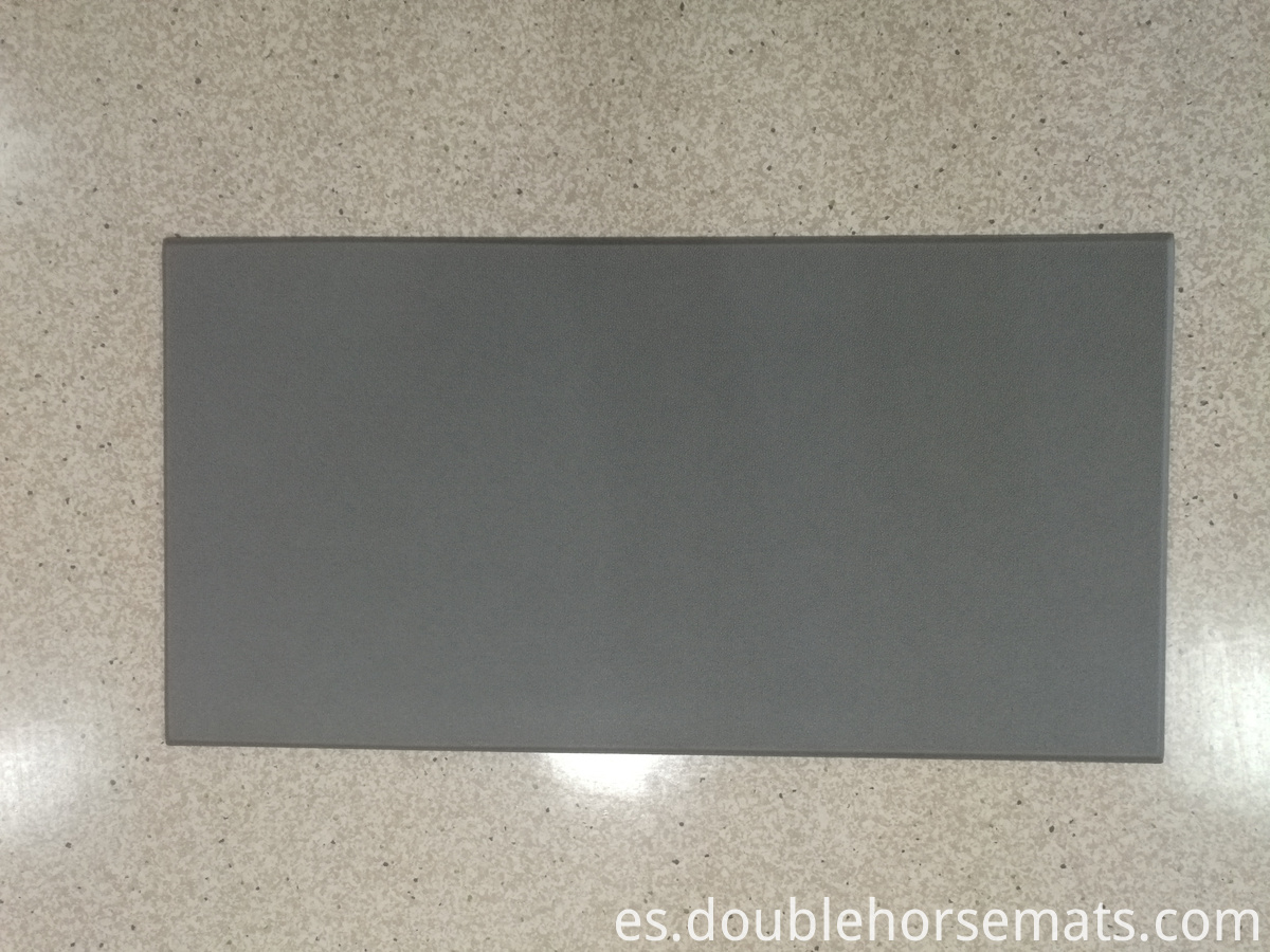 Plain coloured embossed kitchen/bedroom/door mat