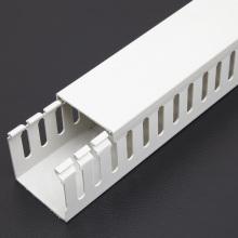 Conduit de câblage en PVC