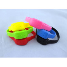 Customized Silicone Repellent Mosquito Wristbands From China