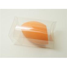 Индивидуальная косметическая губка с этикеткой под углом с пакетом ПВХ