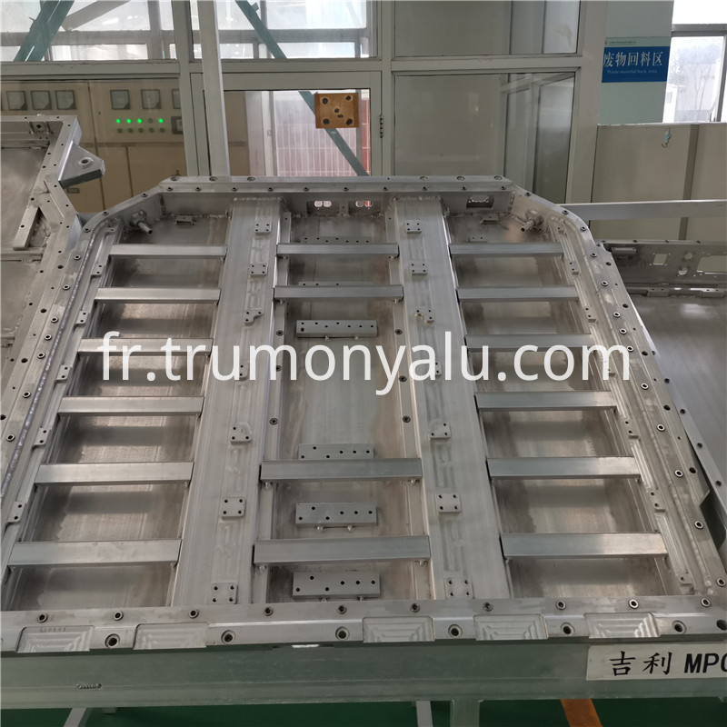 Aluminum Battery Tray05