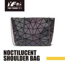Noctilucent PU mode sac à bandoulière sacs à main en chaîne