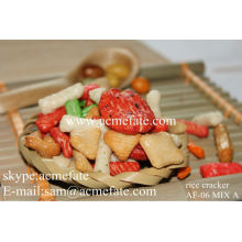 Chinese snack food Japanese rice cracker mixed rice cracker
