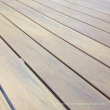 Decking composto plástico de madeira tampado com certificado de Fsc