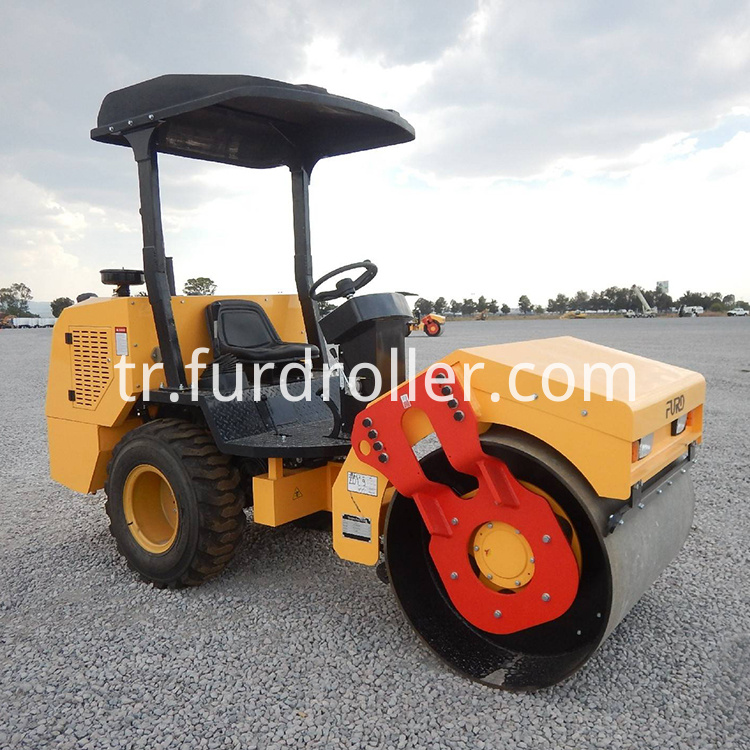3 ton road roller (3)