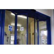 Puerta automática Doorframe azul con motor sin mantenimiento