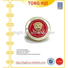 Metall 3D Design weiche Emaille Souvenir Revers Pin / Abzeichen mit Transportation Agency