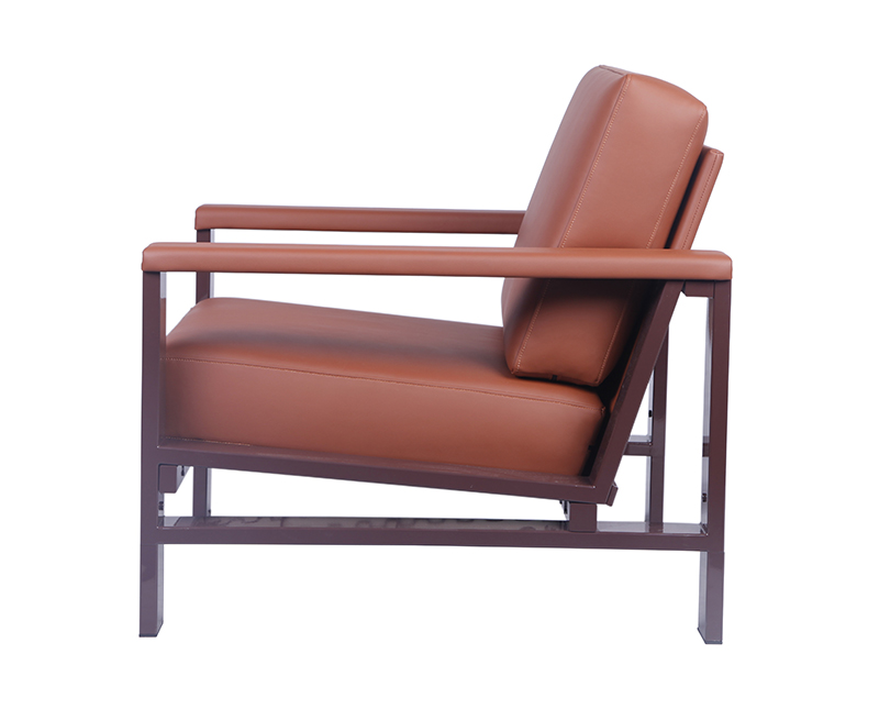 Strong-Metal-Frame-Armchair-Upholstery-with-Leather