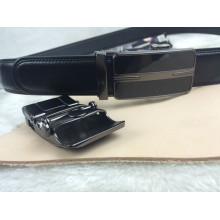 Ceintures en cuir véritable en noir (RF-160606)