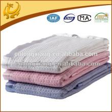 Própria fábrica Baby Company Camisola de algodão orgânico Tecido Plain Natural Children Blanket