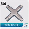 ISO 9001 cerró el pequeño eje común universal del acero de aleación para el cargador de la rueda