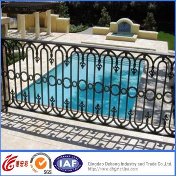 Cerca de piscina de ferro forjado decorativo revestido em pó
