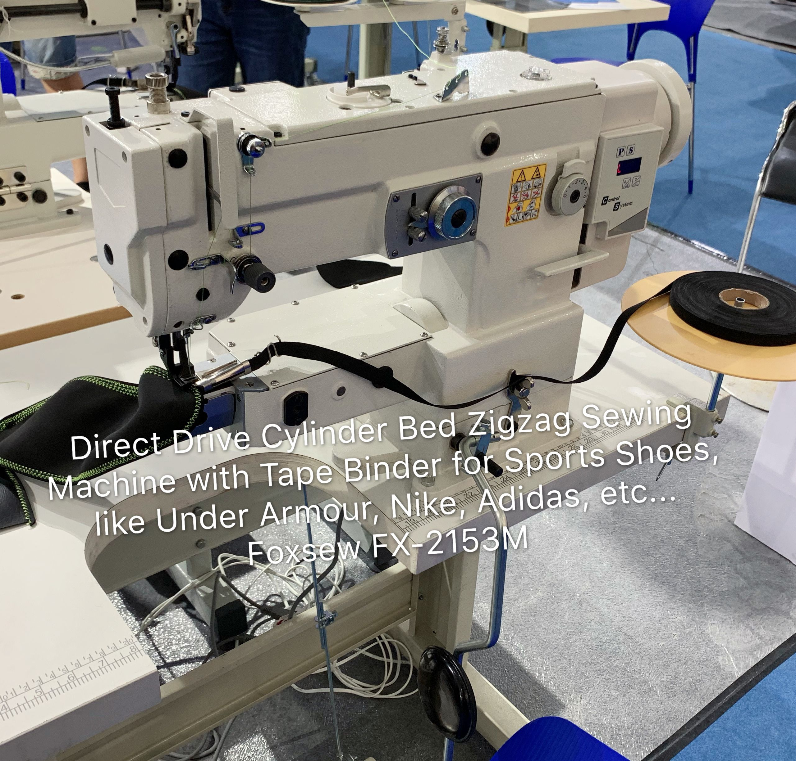 Direct Drive Cylinder Bed Zigzag Sewing Machine For Tape Binding On Sports Shoes Foxsew Fx 2153m 01 003