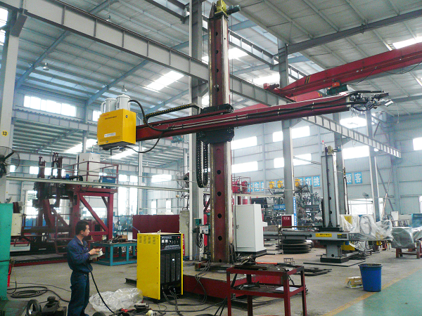 Welding Column And Boom For Oil Tank 2