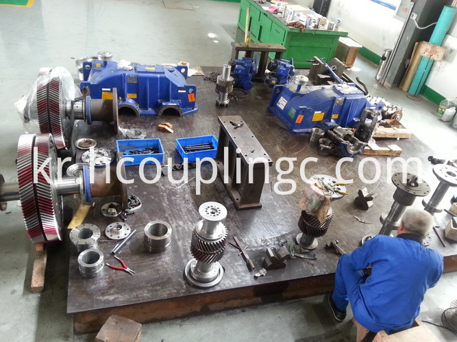 Hydraulic Coupling Maintenance