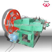 Máquina de fabricación de uñas de construcción común con bajo precio