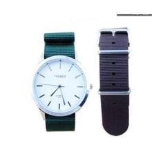 YXL-781 18mm 20mm 22mm Nylon militaire Watch Band dragonne pour boucle en acier inoxydable Watch