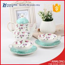 Elegancia rosa taza de café punto y vaso tazas de té de cerámica y platillos