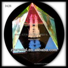 К9 3D лазерное фото внутри кристалла пирамиды