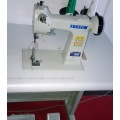 Small Post Bed Leather Glove Sewing Machine