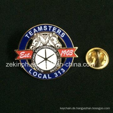 Mode-Design benutzerdefinierte weiche Cloisonne Metall Pin Badge