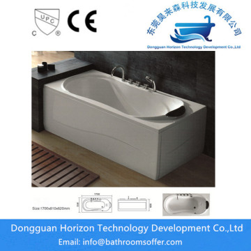 Jetted jacuzzi tub soaking bathtub