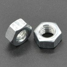 Porca hexagonal de aço carbono (DIN934) para montagem